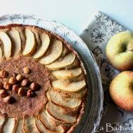 Torta speziata di mele e nocciole