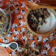 Granola con semi di chia e di girasole